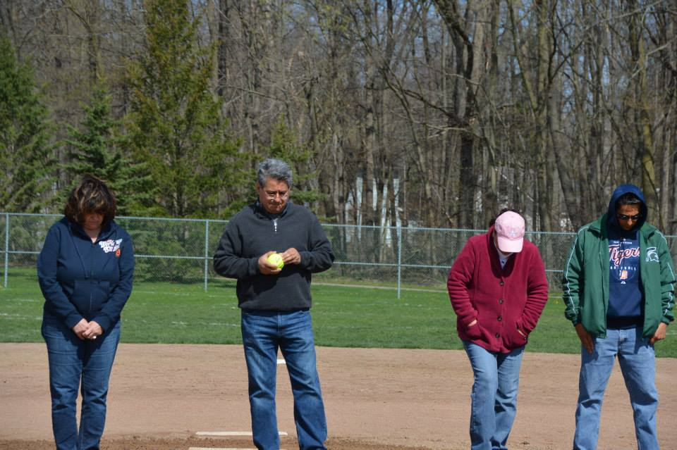 Opening Day 2014: Latin American Coed Softball League!